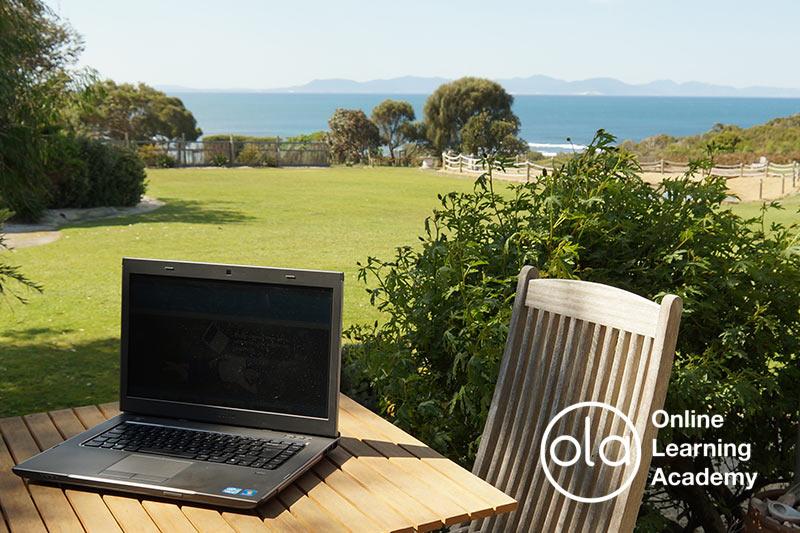 Freelance writers online