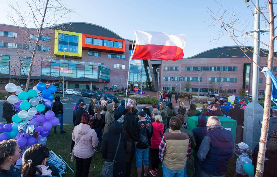 Hospital on lockdown, Alfie Evans, Supporters