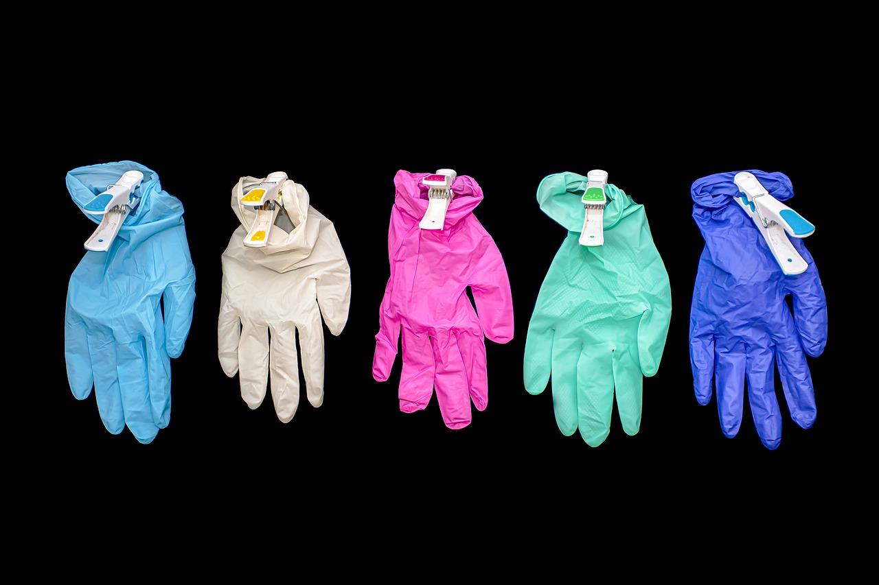 glove26052020