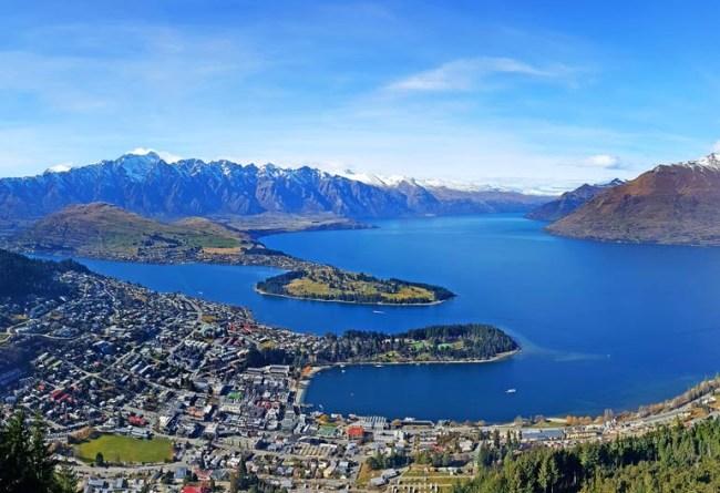 6 Reasons to Visit Queenstown, New Zealand