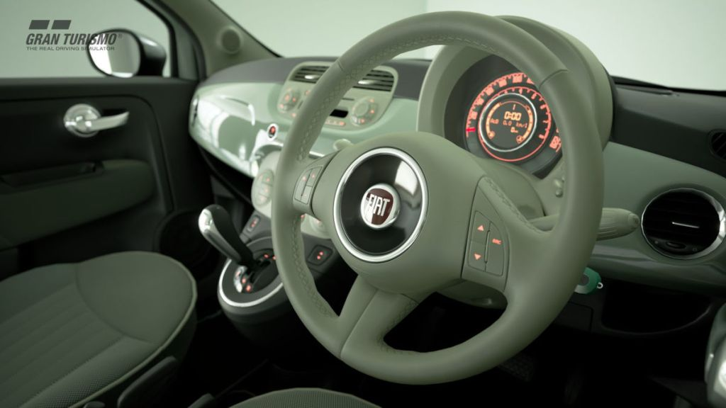 The interior of the 2008 Fiat 500 Lounge SS does look nice in GT Sport