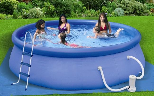 Piscina, un lux pentru toti: piscine supraterane, gonflabile, sapate in pamant....