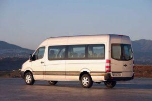 transport persoane otopeni brasov