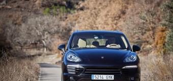 Η Porsche δεν πτοείται από την κρίση