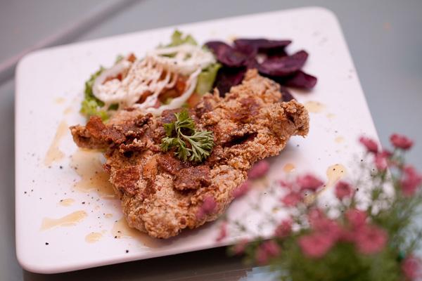 Penang De Moonlight Cafe Deep Fried Honey Oat Chicken