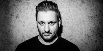 Premiere: Mark Reeve – Far Away [Drumcode] + Rave Stories
