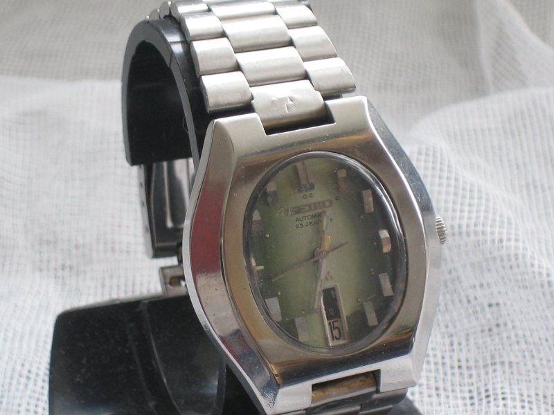 Seiko 5606-5100