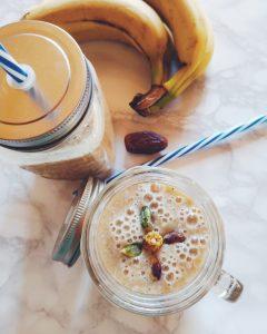 Smoothie aux dattes et aux bananes, sans lactose (avec lait de riz)