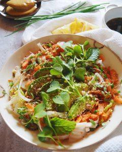 Salade façon Pad Thaï, vinaigrette sucrée-salée