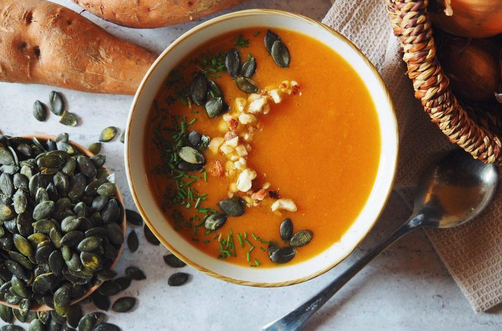 Soupe simple à la patate douce, carottes et fenouil