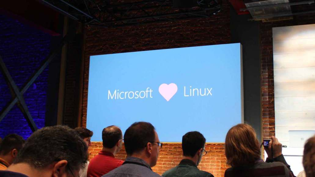 Watch Microsoft show off the Linux command line on Windows 10 (video) | On MSFT