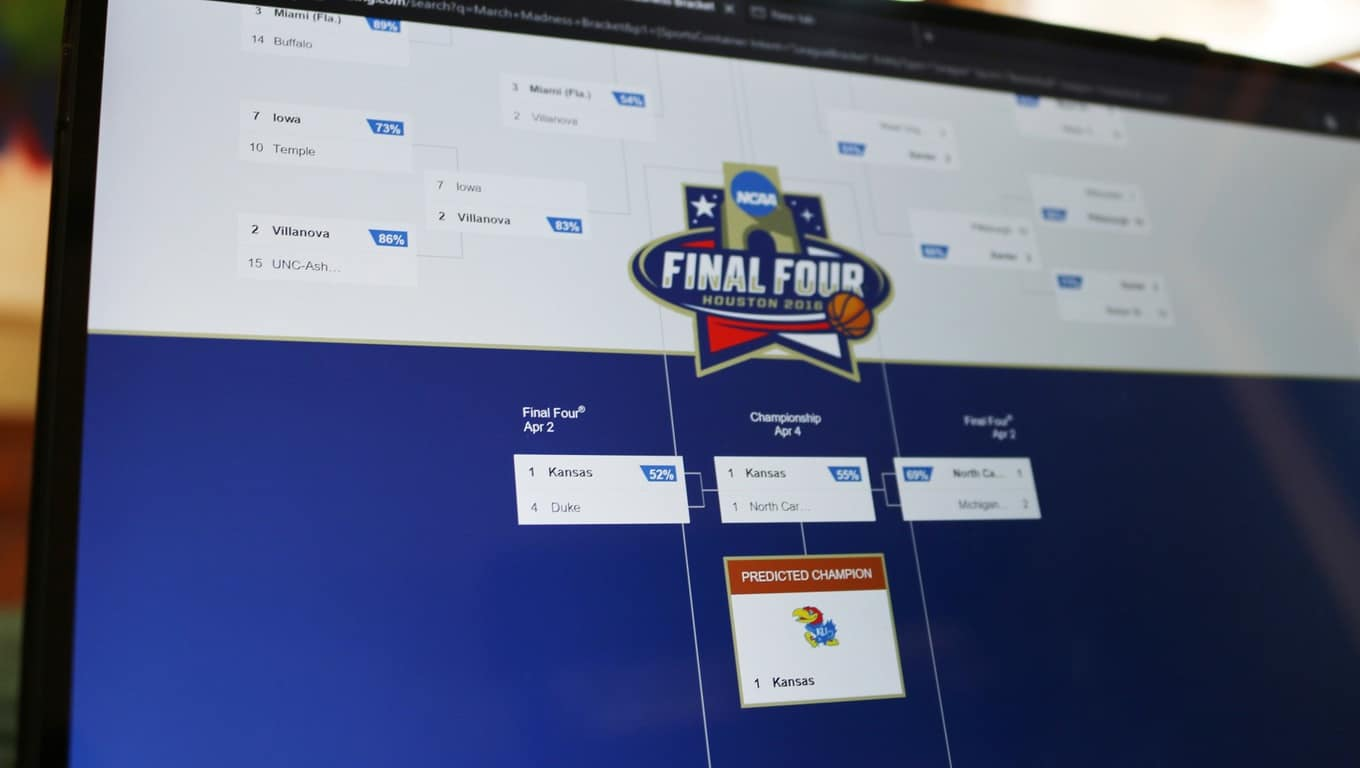 Bing Predicts final four