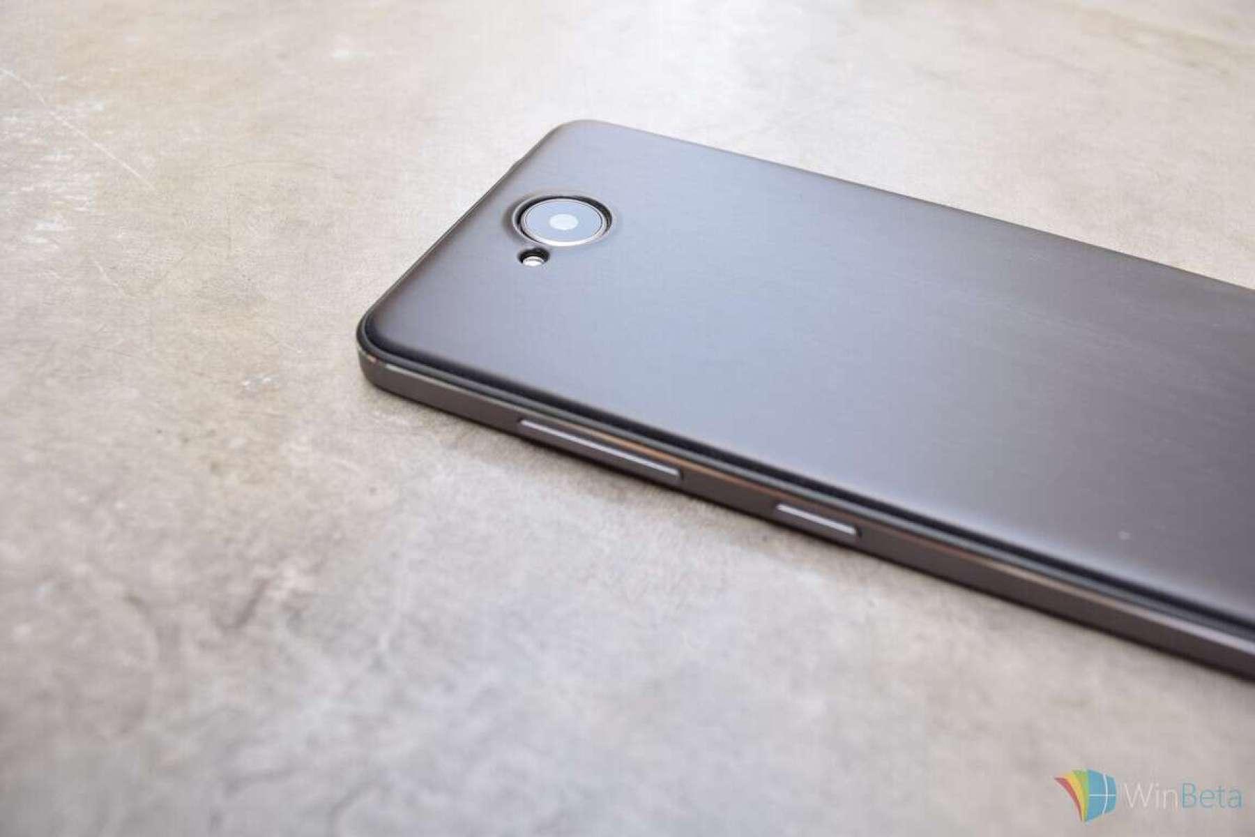Mozo Lumia 650 covers 03