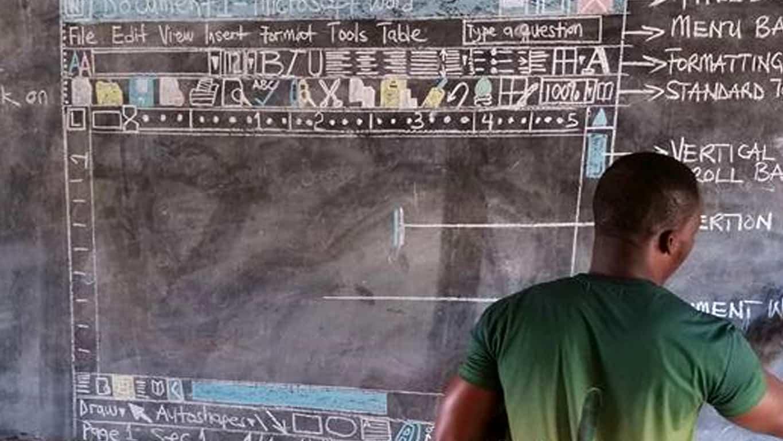 Owura Kwadwo Hottish teaching Word in Ghana