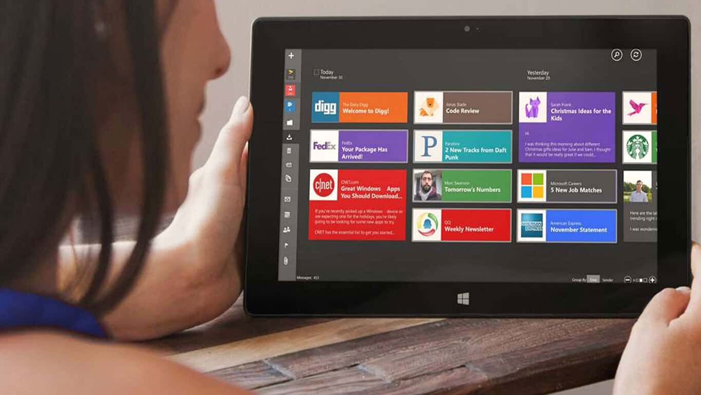 Windows 10 TouchMail app
