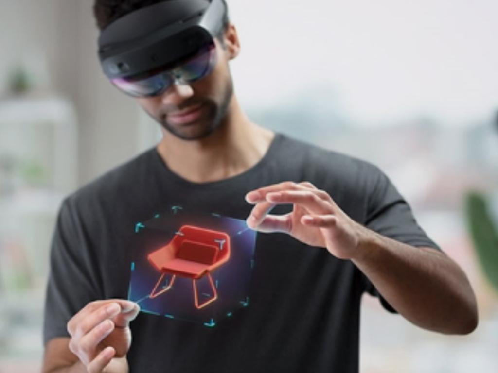 Microsoft's HoloLens 2