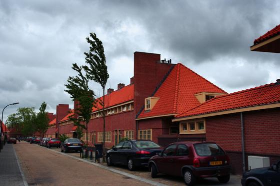 Dudok Revisited in de Merelstraat in Hilversum