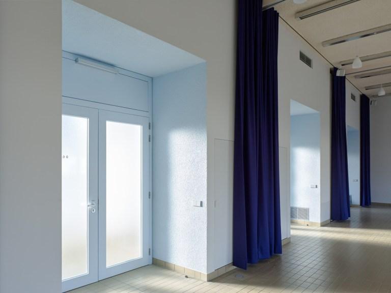 De polyvalente zaal is opdeelbaar in vier vergaderruimtes