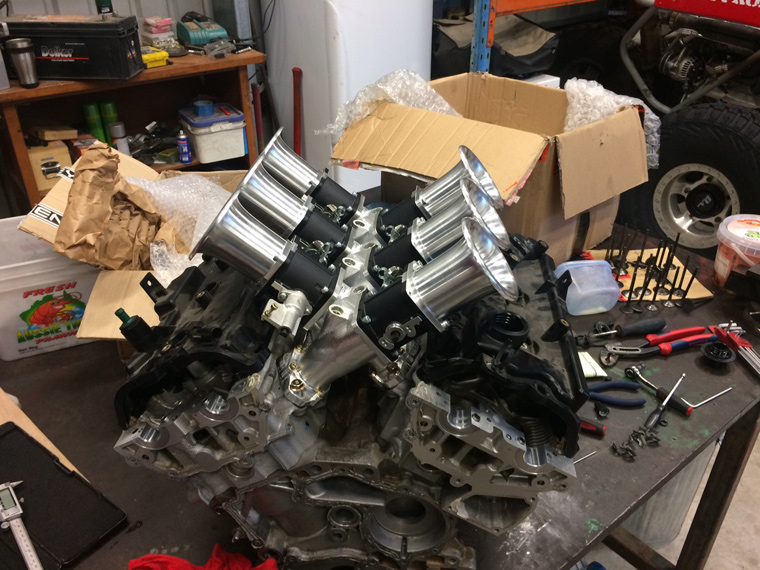 Shawn's ITBs mocked up on his spare engine. Looks like a party to me.
