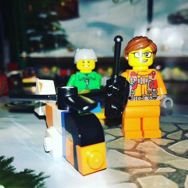 Drone lady has joined #legocityadvent today to go with yesterday's helicopter.