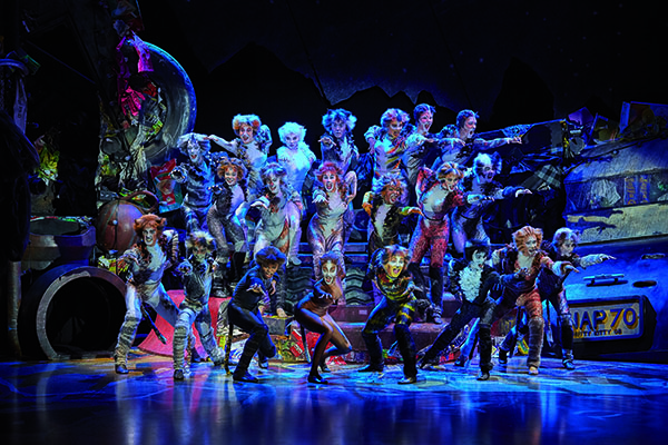CATS Musical @ Stage Entertainment France