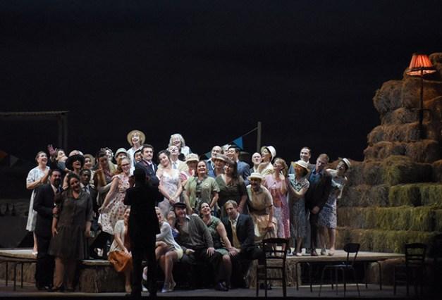 Vincent-Pontet---Opera-national-de-Paris-L-Elisir-d-amore-15-16--c--Vincent-Pontet---OnP--17--1600