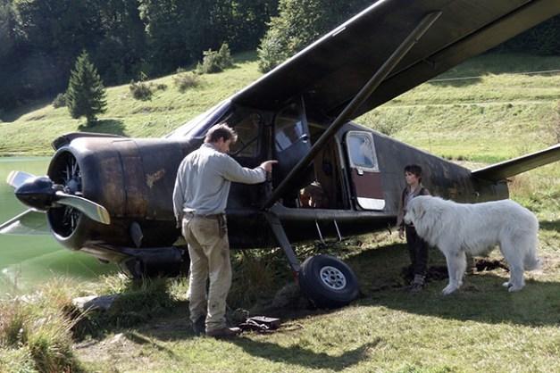 Film Belle et Sébastien, l'aventure continue... Réalisé par Christian DUGAY. Tete a queue avion. Lac Genin - 09/09/2014
