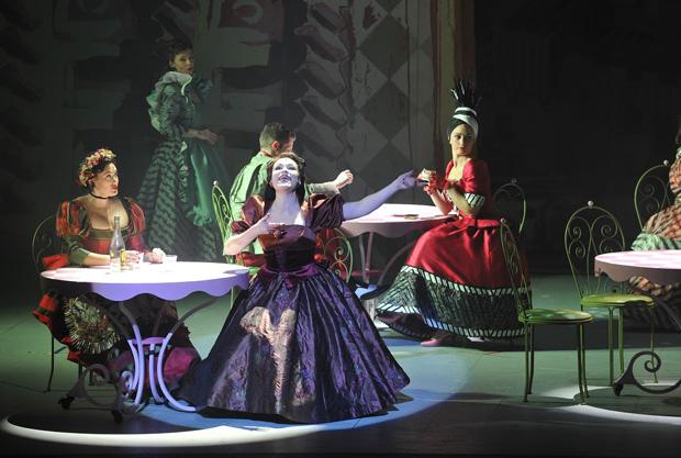 4 - Kiss Me, Kate ! - Christine Buffle (Katharine) (c) Théâtre du Châtelet - Marie-Noëlle Robert