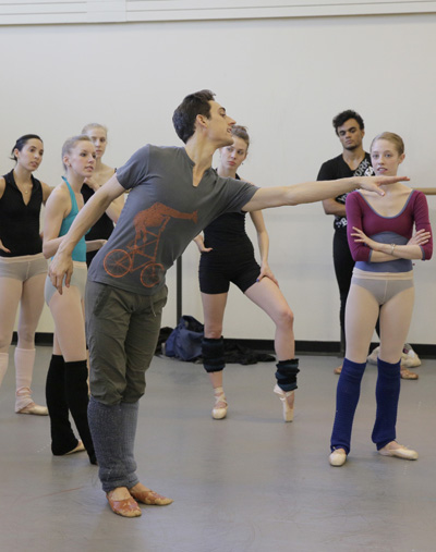 Justin Peck rehearsing his new ballet New York City Ballet Choreography by Justin Peck New York City Ballet Credit photo: ©Paul Kolnik paul@paulkolnik.com nyc 212-362-7778
