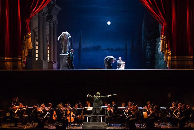 julien_benhamou___opera_national_de_paris-les-contes-d-hoffmann-16-17-julien-benhamou-onp-9-1600