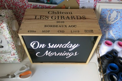 Lightbox DIY - caisse à vins - on sunday mornings