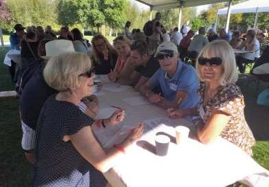 Les bénévoles saint-quentinois se réunissent autour d'un pique-nique géant