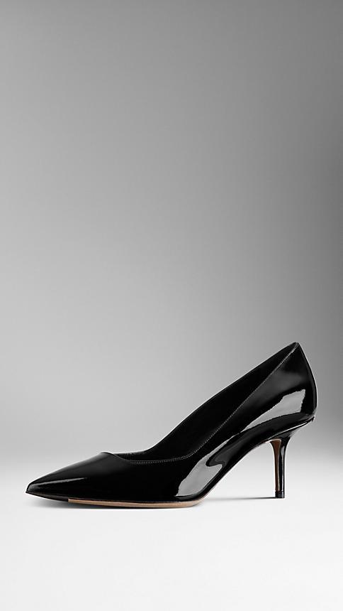 الأحذية السوداء الكلاسيكية ، سر كل مرأة أنيقة ! (1)