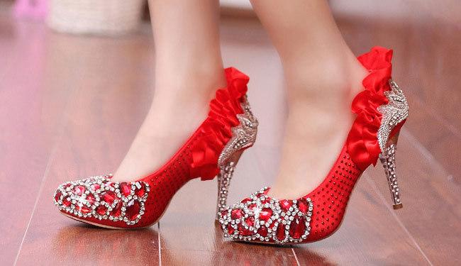 حذاء رائع لكل عروسة سواء في حفل الزفاف أو الخطوبة ! (5)
