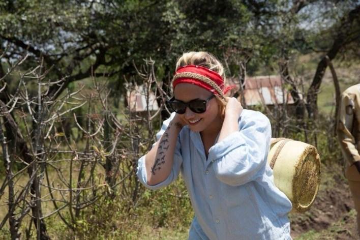 ديمي لوفاتو في كينيا  (12)