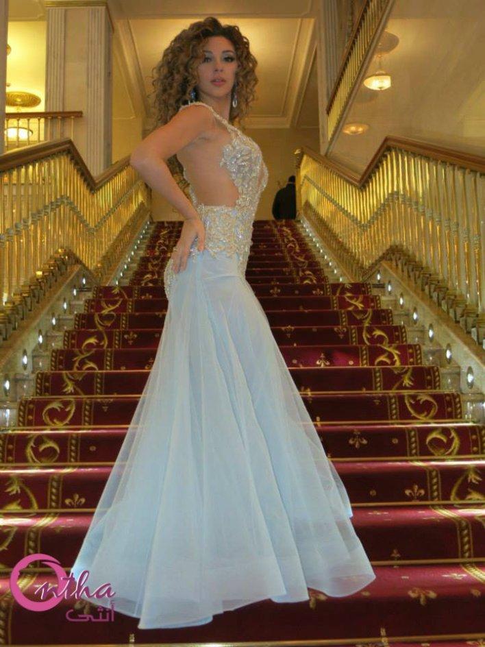 مريام فارس بفستان مثير من اللون الأبيض في حفلها بروسيا ! (1)