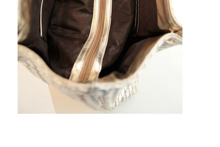 حقيبة الرفاهية بدمج من الفضي و الذهبي سوياً ! (5)