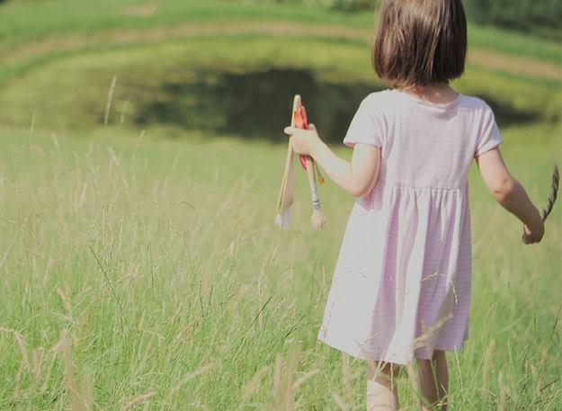 آيرس طفلة التوحد تثبت أن الإبداع لا يقاس بالعمر ! (8)