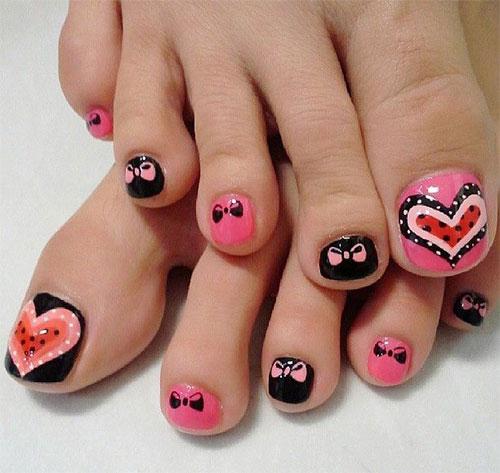 المناكير لأصابع القدمين