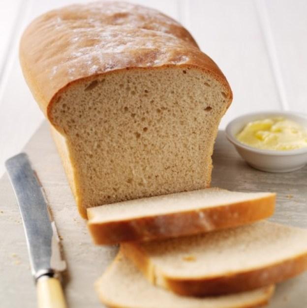 4-aliments-a-ne-plus-manger-pain-blanc-450x452