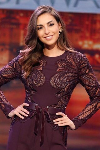 أزياء فاليري ابو شقرا من إيلي صعب