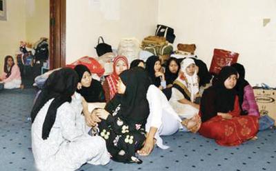 مسئولة اجتماعية: 329 خادمة يهربن يوميًّا من كفلائهن