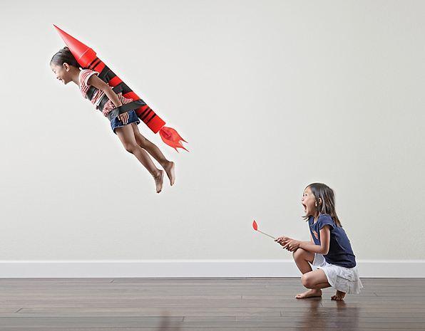 اب مبدع في التقاط صور مجنونة لبناته