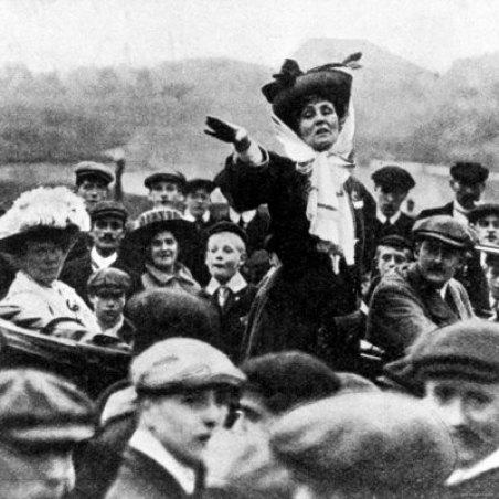 إيملين بانكهرست, رائدة ثورة الأنثى البريطانية