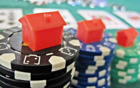 Are popular TV shows driving the popularity of online casinos