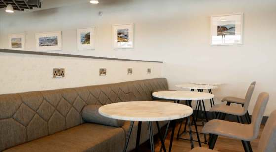 Aspire-Lounge-5