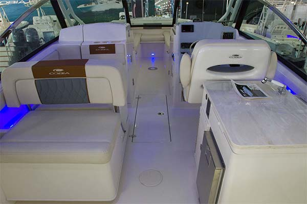 Though loaded with features, there is plenty of walk around room with no awkward steps or transitions from stem to stern.
