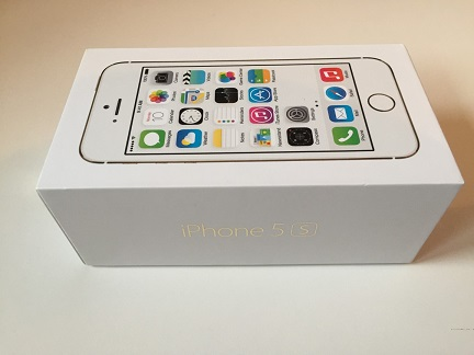 iPhone 5s, Gold, 16GB, boxed, factory unlocked, mint condition – For Sale SOLD