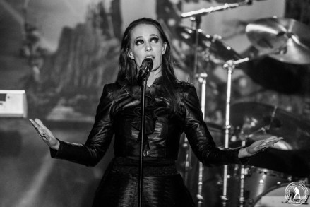 Simone Simons - Epica (GMBG - Dallas, TX) 2/11/16 ©2016 James Villa Photography, All Rights Reserved