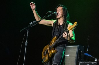 Nuno Bettencourt - Generation Axe (The Bomb Factory - Dallas, TX) 12/14/18 ©2018 Ronnie Jackson Photography, All Rights Reserved.